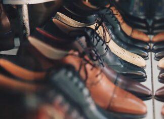 czyszczenie butów zamszowych